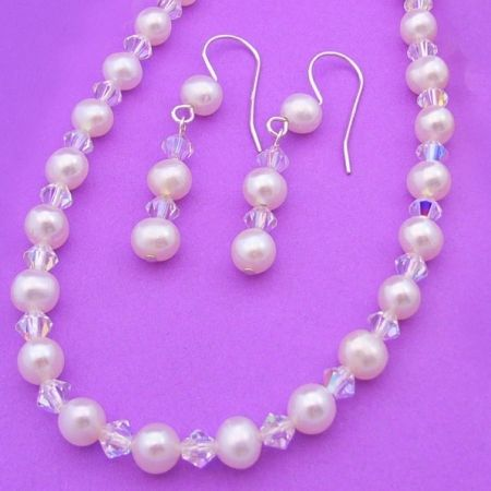 STERLING SILVER 4mm SWAROVSKI CRYSTAL & 5.5mm FRESHWATER PEARL EARRING AND NECKLACE SET