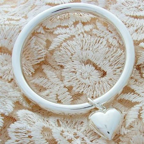STERLING SILVER 7mm ROUND GOLF BANGLE WITH 19MM PUFFED HEART