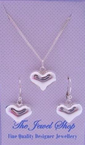 STERLING SILVER 14mm LOVE HEARTS MATCHING NECKLACE & EARRINGS GORGEOUS SHIMMERING GIFT BOX