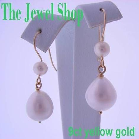 9CT YELLOW GOLD LARGE TEARDROP FRESHWATER PEARL DROPS & FEATURE PEARL HOOK DESIGN EARRINGS