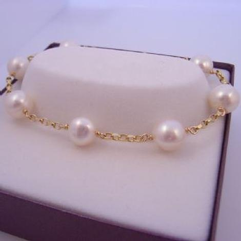 9CT GOLD BELCHER BRACELET with NATURAL WHITE FRESHWATER PEARLS